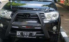 Mobil Toyota Fortuner 2010 G Luxury terbaik di Bali