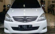 Mobil Toyota Kijang Innova 2010 2.0 G dijual, Jawa Timur