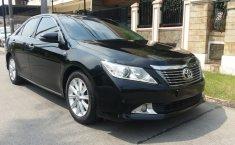 Dijual mobil Toyota Camry 2.5 V AT 2015 bekas, Tangerang