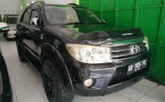 Dijual mobil Toyota Kijang Innova 2.5 G 2010 bekas, DIY Yogyakarta