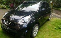 Mobil Nissan March 2013 1.2L terbaik di Jawa Tengah