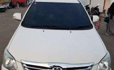 Mobil Toyota Kijang Innova 2013 2.0 G terbaik di Aceh