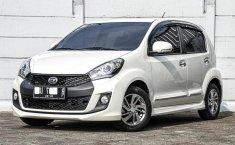Jual Mobil Bekas Daihatsu Sirion D 2017 di Depok