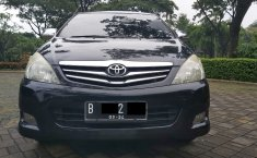 Jual Mobil Bekas Toyota Kijang Innova 2.0 G 2010 di Tangerang Selatan