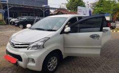 Jual mobil bekas murah Daihatsu Xenia M 2011 di Lampung