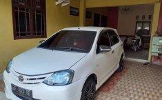 Lampung, Toyota Etios Valco G 2013 kondisi terawat