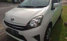 Mobil Toyota Agya 2014 E terbaik di Kalimantan Timur