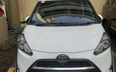 Jawa Barat, jual mobil Toyota Sienta V 2017 dengan harga terjangkau