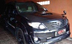 Mobil Toyota Fortuner 2013 G TRD terbaik di Jawa Barat