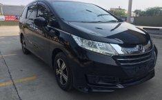 Dijual mobil Honda Odyssey 2.4 CVT AT 2014 Tangerang