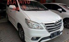 Jual Toyota Kijang Innova V Luxury 2014 harga murah di Jawa Timur
