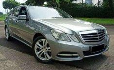 Dijual mobil bekas Mercedes-Benz E-Class E 300, DKI Jakarta