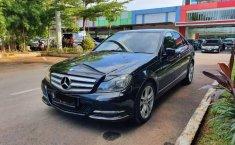 Mobil Mercedes-Benz C-Class 2013 C200 terbaik di Jawa Barat