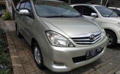 Dijual Mobil Toyota Kijang Innova V 2009 di Bekasi