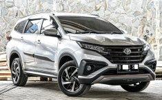 Jual mobil bekas Toyota Rush TRD Sportivo 2018 terbaik di Depok