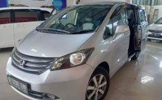 Jual Cepat Honda Freed PSD 2011 di Bekasi