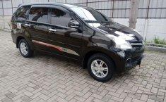 Dijual Mobil Daihatsu Xenia R DLX 2011 di Bekasi