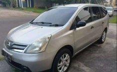 Banten, Nissan Grand Livina SV 2012 kondisi terawat