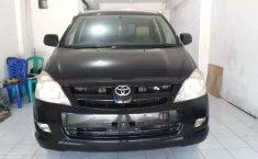 Mobil Toyota Kijang Innova 2005 2.0 G dijual, Banten
