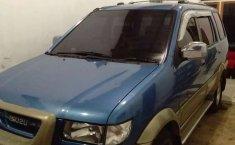 Jual mobil bekas murah Isuzu Panther TOURING 2001 di Jawa Tengah