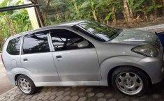Mobil Daihatsu Xenia 2004 Li dijual, DIY Yogyakarta