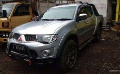 Jual Mitsubishi Triton EXCEED 2010 harga murah di Jawa Timur