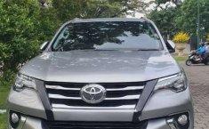 Mobil Toyota Fortuner 2015 VRZ terbaik di Jawa Timur