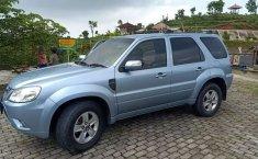Jual Ford Escape XLS 2010 harga murah di DIY Yogyakarta