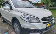 DIY Yogyakarta, Mobil bekas Suzuki SX4 S-Cross 2016 dijual