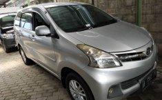 DIY Yogyakarta, Dijual mobil Daihatsu Xenia R 2013 bekas