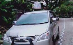 Dijual mobil bekas Toyota Kijang Innova 2.0 G, Jawa Timur