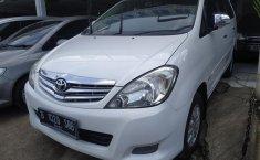 Jual Mobil Bekas Toyota Kijang Innova 2.0 V 2011 Terawat di Bekasi