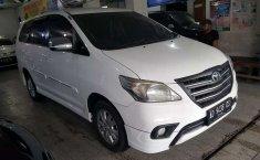 Jawa Tengah, Toyota Kijang Innova 2.0 G 2014 kondisi terawat