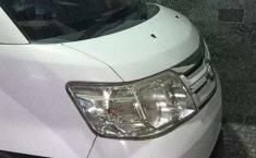 Dijual mobil bekas Daihatsu Luxio X Prestige, Banten