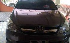 Mobil Toyota Kijang Innova 2007 2.0 G terbaik di Jawa Timur