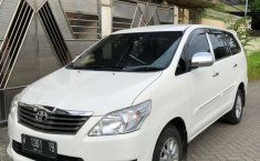 Jual cepat Toyota Kijang Innova E 2.0 2000 di Jawa Timur