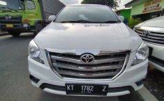 Dijual mobil Toyota Kijang Innova 2.5 V 2014 di Bekasi