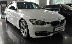 Dijual mobil BMW 3 Series 320i Sport 2014 Terbaik di DKI Jakarta