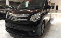 Jual Mobil Bekas Toyota NAV1 2.0 V Limited Luxury 2014 di Tangerang