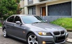 Dijual Mobil BMW 3 Series 320i 2012 di Jawa Barat