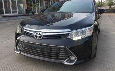 Dijual cepat Toyota Camry 2.5 G AT 2016 FACELIF di Tangerang