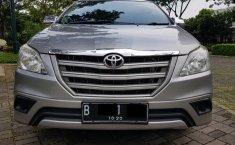 Dijual Cepat Toyota Kijang Innova E 2.0 2015 di Tangerang Selatan