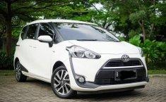 Jual Mobil Bekas Toyota Sienta V 2016 di Bekasi
