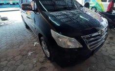 Dijual cepat Toyota Kijang Innova 2.0 G 2011 bekas, Jawa Tengah