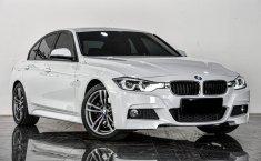 DKI Jakarta. Dijual mobil BMW 3 Series 330i 2018 Terbaik