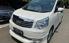 Jual Mobil Bekas Toyota NAV1 V Limited 2015 di DKI Jakarta