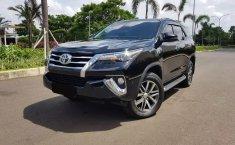 Dijual mobil Toyota Fortuner VRZ 4x2 AT 2019 di Bekasi
