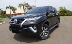 Mobil bekas Toyota Fortuner VRZ 4x2 AT 2017 Dijual, Bekasi
