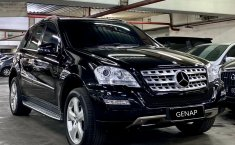 Dijual cepat mobil Mercedes-Benz M-Class ML 350 W164 2010, DKI Jakarta