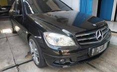 Dijual cepat Mercedes-Benz C-Class C 200 AT 2011 di Bekasi